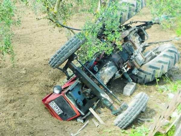 Νεκρός 60χρονος αγρότης στη Σταμνά που καταπλακώθηκε από τρακτέρ