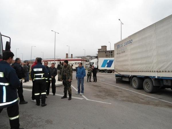 Πάτρα. Κρεμασμένος σε φορτηγό προσπαθούσε να περάσει στην Ιταλία