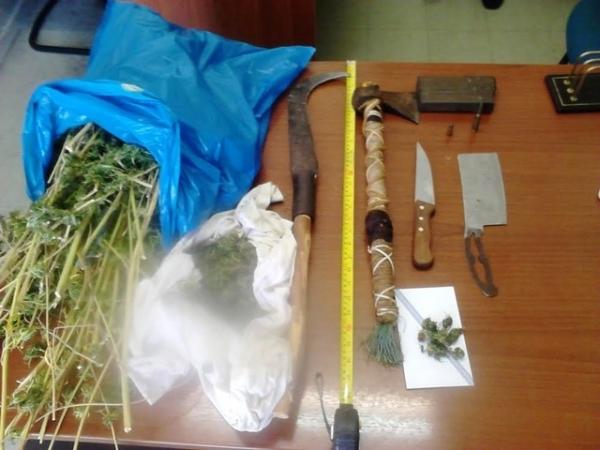 Ποσότητες ναρκωτικών και όπλα είχαν στο σπίτι τους τα αδέλφια από το Γαλατά