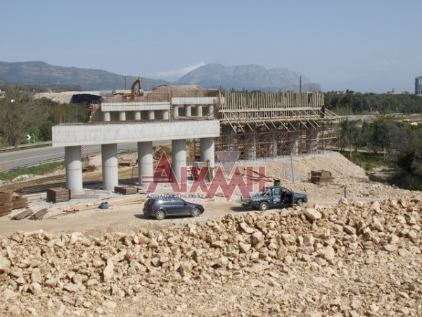 Γέφυρα κοντά στην Πλευρώνα