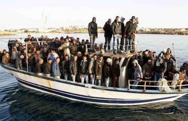 52 λαθρομετανάστες και 5 διακινητές πιάστηκαν στο ΙΧΘΥΚΑ