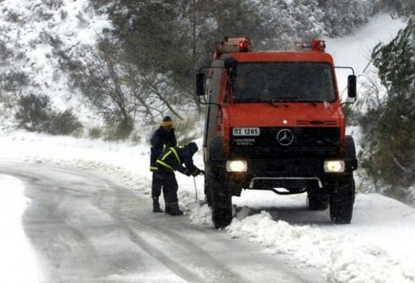 Πάτρα: Ανοίγει χώρους ο Δήμος για τους άστεγους για τον χιονιά